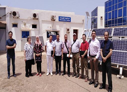 Certification des modules photovoltaïques : Visite des membres du Cluster Energie Solaire au laboratoire de test photovoltaïque (PVLT) à l'UDES/CDER.