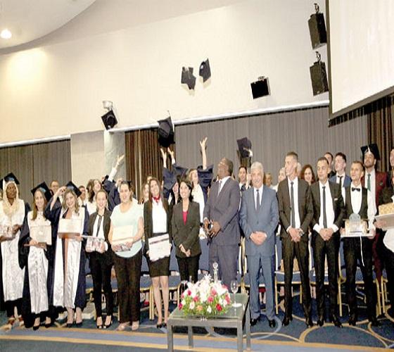 Ecole et Instituts supérieurs : Sortie de promotions de 331 élèves et stagiaires Signature de deux accords de partenariat