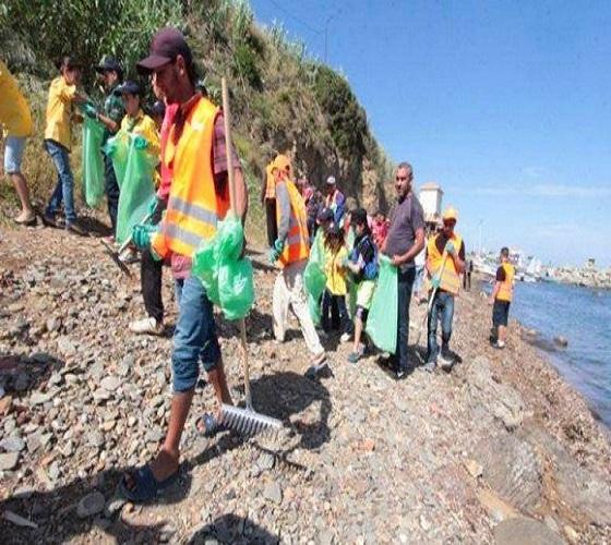 Campagne nationale de nettoiement de l'environnement: plus de 3.000 agents mobilisés à Alger