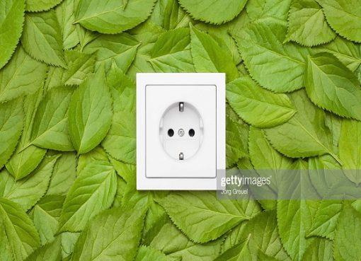 Environnement et énergies renouvelables : Coordination intersectorielle Énergie renouvelable : dissolution des entreprises activant dans ce domaine écartée