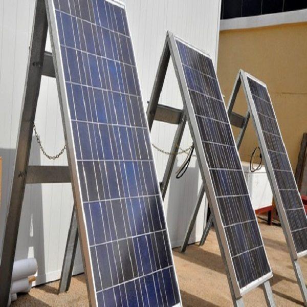 Généraliser l'énergie solaire dans les écoles, une des priorités de l'Etat