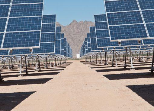 """وفق خطة عمل الحكومة: عرقاب: """"ضرورة الذهاب بسرعة نحو انتقال الطاقة"""""""