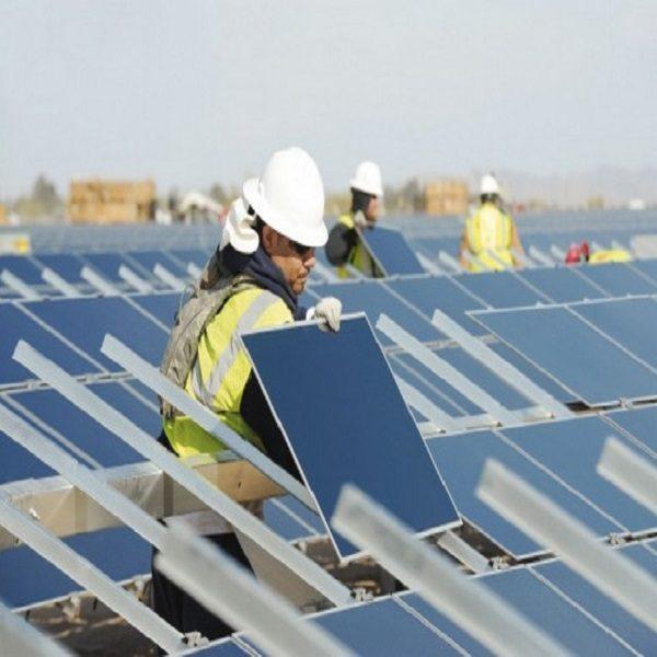 Transition énergétique: nécessité de redoubler d'efforts pour développer les énergies renouvelables