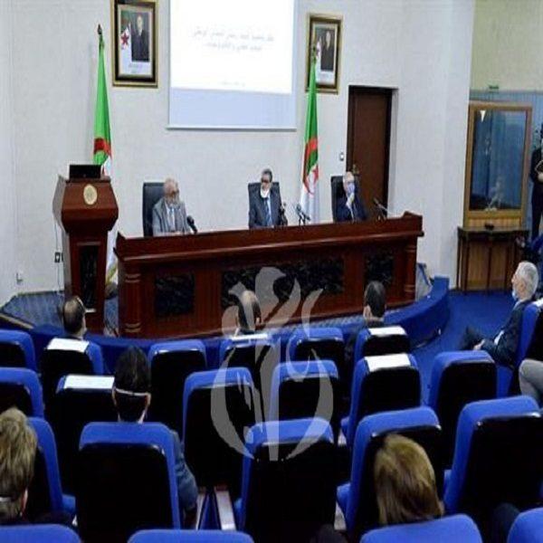 الوزير الأول يؤكد على الأهمية الاستراتيجية للمجلس الوطني للبحث العلمي والتكنولوجيات