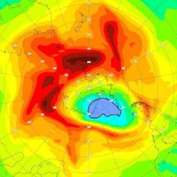 Le plus grand trou dans la couche d'ozone au-dessus du pôle Nord se referme enfin