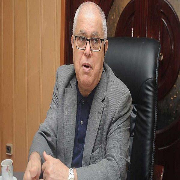 Abdelmadjid Attar: «quand le prix des hydrocarbures monte, on investit dans les énergies renouvelables, quand il baisse c'est le contraire.»