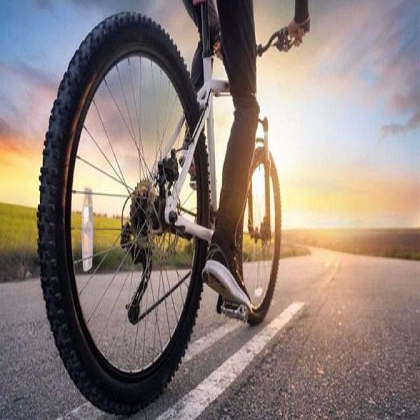في ظل توقف حركة السيارات بسبب حظر التجوال :ثقافة ركوب الدراجات الهوائية تعود لأحياء العاصمة