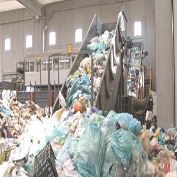 Le recyclage des déchets plastiques permettra de créer plus de 7200 emplois