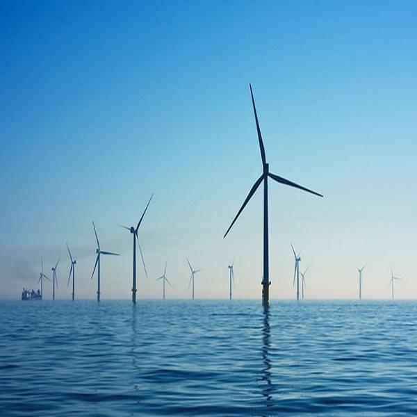 Boris Johnson veut faire du Royaume-Uni « l'Arabie saoudite » de l'éolien offshore