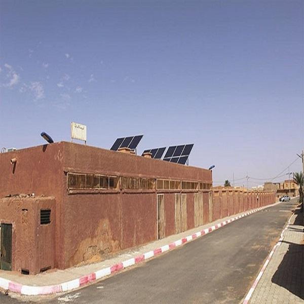 DÉPLOIEMENT DES ÉNERGIES SOLAIRES À IN SALAH :19 écoles primaires équipées de kits photovoltaïques