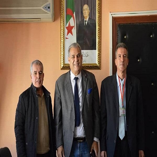 تنصيب الدكتور حاج أعراب في منصب مدير مركز تنمية الطاقات المتجددة