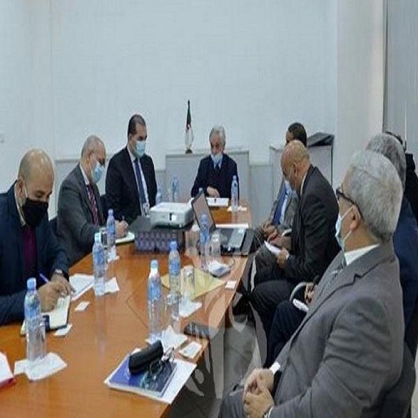 شيتور يستقبل رئيس كونفدرالية أرباب العمل المواطنين :إبراز دور المؤسسات الجزائرية في الانتقال الطاقوي
