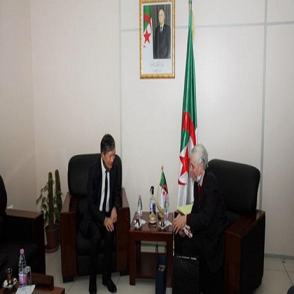 طاقات متجددة: إرادة جزائرية ـ كورية لإقامة مشاريع رابح- رابح