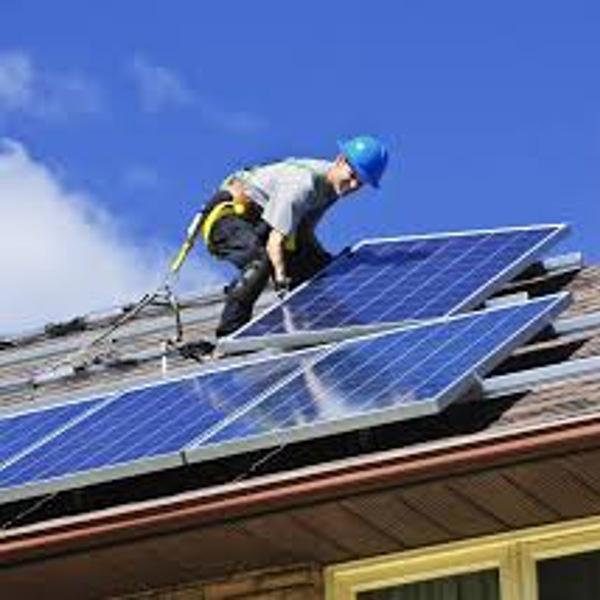 Kits photovoltaïques: des perspectives de production nationale envisagées