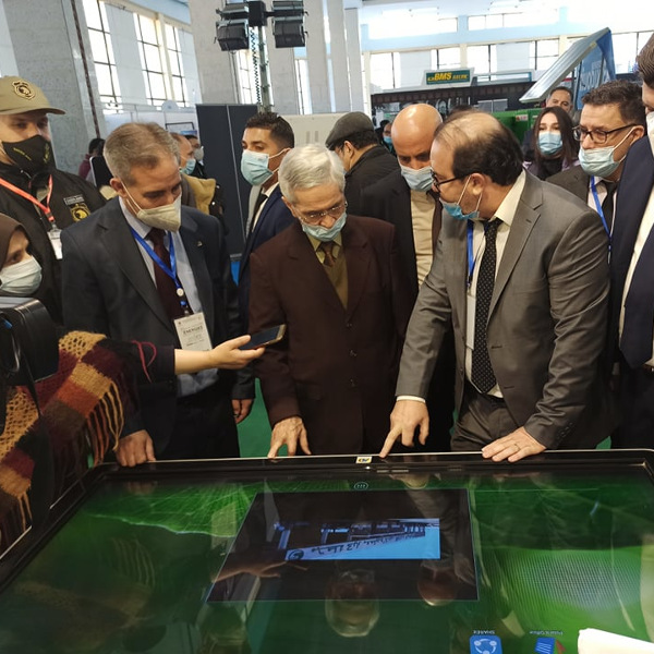 Coup d'envoi du salon de l'électricité et des énergies renouvelables : Chems Eddine Chitour et Yacine Oualid à la rencontre des exposants
