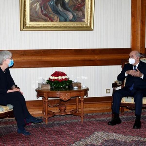 الرئيس تبون يستقبل سفيرة ألمانيا بالجزائر