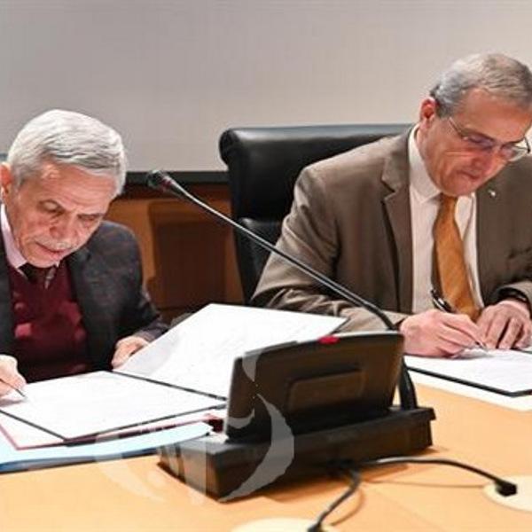 Hydrogène vert: signature de «la déclaration d'Alger»