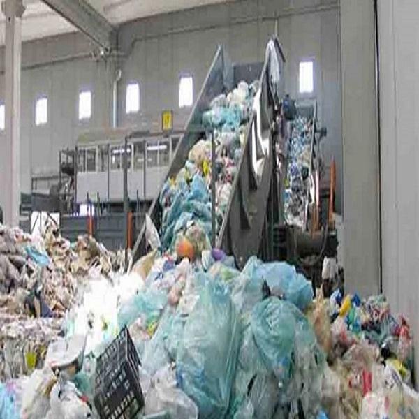 البعد البيئي والاقتصادي لتدوير النفايات في الجزائر :الدعوة إلى وضع نظام معلوماتي محلي خاص بالنفايات